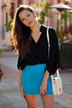Loose top, tight skirt = Balance