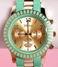 Such a cute watch!