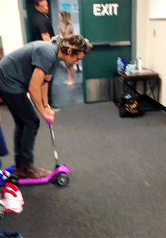 You wish you were this scooter. | 31 Signs You Love Harry Styles More Than Anything On This Planet