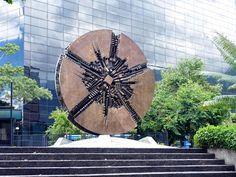 Caracas cuenta con una escultura del artista italiano Arnaldo Pomodoro en Chuao