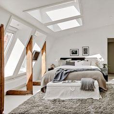 Cosy bedroom in the attic (bjurfors.se)
