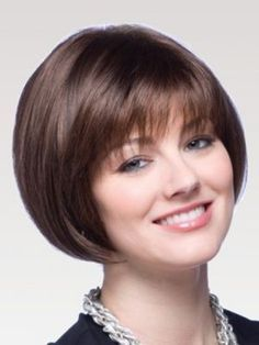 Fine Short Hairstyles for Round Faces