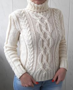 Stylish and warm hand knit sweater. Size: XS/S Hand Knitted Sweaters, Cute Sweaters, Sweaters For Women, Aran Sweaters, Cable Sweater, Aran Knitting Patterns, Hand Knitting, Knitting Designs, Handgestrickte Pullover