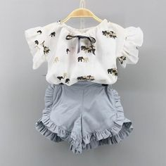 Check out my new Fashionable Elephant Print Ruffled Short-sleeve T-shirt and Shorts Set for Toddler Girl and Girl, snagged at a crazy discounted price with the PatPat app. Newborn Girl Outfits, Toddler Girl Outfits, Boy Outfits, Baby Girl Fashion, Toddler Fashion, Kids Fashion, Stylish Toddler Girl, Stylish Kids, Shirt Design For Girls