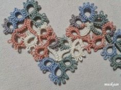 Tablecloth (Zigzag) Lace .... muskaan's T*I*P*S: Tatting Away VIII