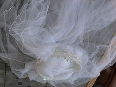 ♥ Kopfschmuck mit Schleier ♥  Ansehen: http://www.brautboerse.de/brautkleid-verkaufen/kopfschmuck-mit-schleier/   #Brautkleider #Hochzeit #Wedding