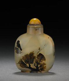 A dendritic agate snuff bottle  1750-1860