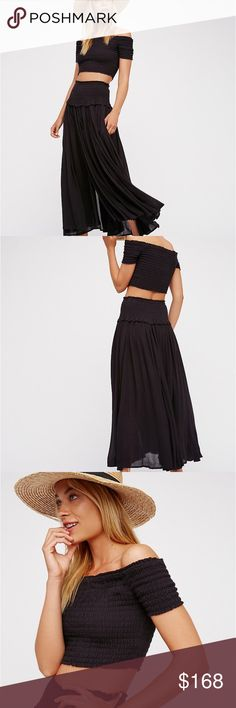 FREE PEOPLE STEALING HEARTS 💕 MAXI SKIRT SET Black skirt set stealing hearts 💕 set is gorgeous and sexy great skirt with the perfect stretch waist band with a matching tube style top Free People Skirts Skirt Sets
