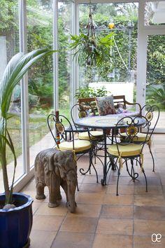 Ambiente interior porche acristalado | Interior atmospeshe glazed porch