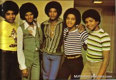 Photo of the Jacksons for fans of The Jackson 5 33138586 Tito Jackson, Jackie Jackson, The Jackson Five, Jermaine Jackson, Jackson Family, Janet Jackson, Michael Jackson Photoshoot, The Jacksons, Soul Music