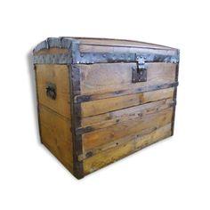 1000 ideas about malle en bois on pinterest. Black Bedroom Furniture Sets. Home Design Ideas