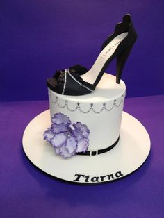 fca88a600cb5 Tiarna s 21St Gumpaste shoe and flowerpaste fantasy bling shoe Elegant Cake  Design