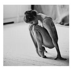 Ballet, Ballerina, Photography, Black and White, Monochrome Ballet Photography, Photography Poses, Modern Dance Photography, Fitness Photography, White Photography, Dance Like No One Is Watching, Dance Movement, Dance Poses, Street Dance