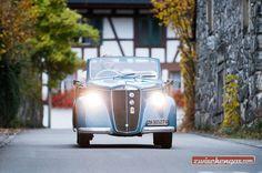 Selbst heute, fast 80 Jahre nach seiner Lancierung, überrascht und betört der elegante Wagen, als rare Cabriolet-Ausführung sowieso: http://www.zwischengas.com/de/FT/fahrzeugberichte/Lancia-Ardea-Cabriolet-Pininfarina-kompakter-Sonnenplatz-fuer-vier-Personen.html?utm_term=Lancia%20Ardea%20Cabriolet%20Pininfarina%20-%20kompakter%20Sonnenplatz%20fr%20vier%20Personen  Foto © Balz Schreier