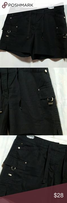 """🍒WHBM Lenin Shorts LINEN SHORTS , Trimmed in black ribbon, diamond embellishment, 5 pockets in the front, 2 pockets in the rear.  33"""" waist.  59% linen 49% rayon.  13"""" long.    Please ask any and all questions before purchasing this item.  SMOKE FREE HOME White House Black Market Shorts"""