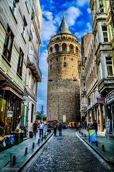 Galata Tower #Galata #GalataTower #Istanbul #Turquie #Turkey #Turkiye #Photographie #Travelling #Backpacking #Flickr