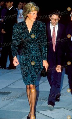 1988-09-19 Diana attends an Exhibition of Paintings at the Royal Festival Hall in aid of the London City Ballet
