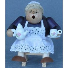 KWO Sitting Grandmother Oma German Christmas Incense Smoker $140.76