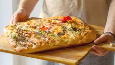 Kwitnąca focaccia – danie, w którym zakochasz się od pierwszego kęsa Spanakopita, Vegetable Pizza, Food And Drink, Turkey, Bread, Baking, Vegetables, Sweet, Ethnic Recipes