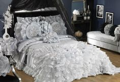 How to Choose the Perfect Bridal Bedspreads ... wedding_bedspread_sets_luxury_bridal_bedspread_for └▶ └▶ http://www.pouted.com/?p=38117