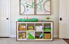 Retrouvez toutes les semaines sur From Lutèce des astuces pour customiser vos meubles IKEA. Cette semaine trouvez des idées pour customiser vos bibliothèques kallax