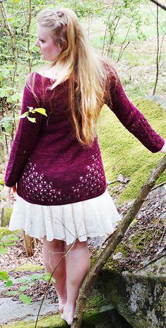 "stitcherywitchery: ""Krydda, a free pattern for a knit lace cardigan from Madeline Nilsson. Lace Knitting, Knitting Patterns Free, Free Pattern, Knit Lace, Knitting Ideas, Lace Cardigan, Cardigan Pattern, Hairpin Lace, Knitting Magazine"