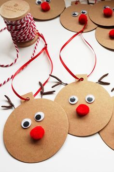 Gift Tags - Easy Christmas Craft These Rudolph Gift Tags are a fun and easy project to make your gift wrapping extra special!These Rudolph Gift Tags are a fun and easy project to make your gift wrapping extra special! Christmas Gift Wrapping, Christmas Decorations To Make, Diy Christmas Gifts, Holiday Crafts, Homemade Christmas, Christmas Ideas, Tree Decorations, Christmas Crafts For Kids To Make At School, Simple Christmas Crafts