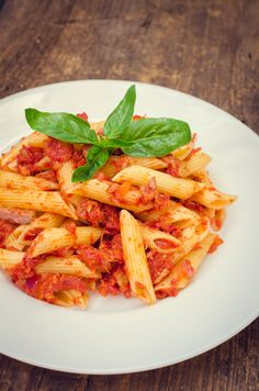 Pasta Sauce, Ratatouille, Thai Red Curry, Carrots, Pizza, Vegetables, Ethnic Recipes, Food, Fitness