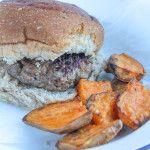 Cajun hamburger met zoete aardappels - Vertruffelijk