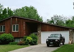 Great home in Apple Valley, MN! Only $2500/mo.