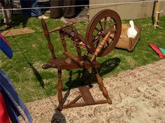 The days are gone when nearly every home had a working spinning wheel, but collectors and spinners today still seek out antique wheels for their beauty, historic value and usefulness. To identify an ...