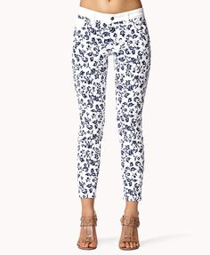 Baroque Skinny Jeans | FOREVER21 #MustHave this #Printed #Denim for #Summer
