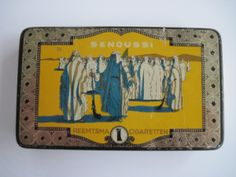 Senoussi Egyptian cigarette tin with contents c.1920's