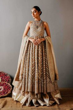 Indian Wedding Outfits, Bridal Outfits, Indian Outfits, Indian Clothes, Indian Weddings, Bridal Dresses, Dress Indian Style, Indian Fashion Dresses, Ethnic Fashion