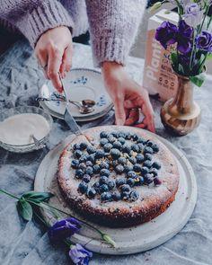 Vegan Desserts, Dessert Recipes, Sweet Pastries, Blueberry Recipes, Pretty Cakes, Let Them Eat Cake, Granola, Feel Better, Camembert Cheese