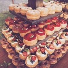 "24 Likes, 1 Comments - Peonyandbell (@peonyandbell) on Instagram: ""#cronut cronut stand. #rusticwedding #gardenwedding #summerwedding #fallwedding #weddingcatering…"""