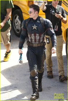 jeremy renner joins chris evans on captain america civil war set 16 Jeremy Renner is photographed for the first time on the set of Captain America: Civil War hiding his Hawkeye costume under a cloak on Tuesday (May 19) in Atlanta,…