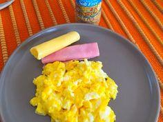 Ovos mexidos de café da manhã