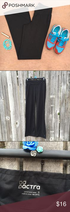 """Actra Footlocker Cool Dry Yoga Pants S EUC! Only worn and washed a couple times. Just too long for me. Traditional flare yoga style. Super cute with anything. Fabric wicks away sweat! 13"""" waist, 15"""" hips, 9"""" rise, 32"""" inseam. Offers warmly welcomed! Actra Pants Boot Cut & Flare"""