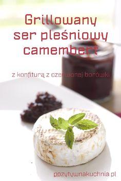 Grillowany ser pleśniowy camembert z konfiturą borówkową - #przepis na ser pleśniowy z grilla  http://pozytywnakuchnia.pl/grillowany-ser-plesniowy-z-konfitura-borowkowa/  #kuchnia #przekaski #obiad