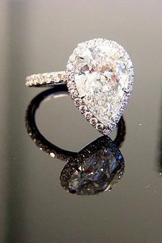A Collection of Halos : Show Me the Bling! (Rings,Earrings,Jewelry) • Diamond Jewelry Forum - Compare Diamond Prices, Discussions & Diamond Information - Page 7