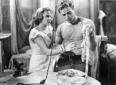 Marlon Brando and Vivien Leigh in a tumultuous scene.