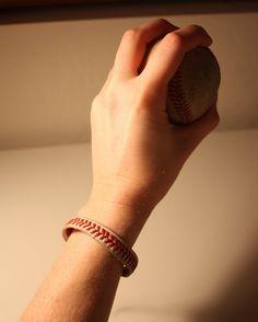 baseball bracelet - very easy