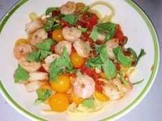 Beautiful summer pasta dish! http://raydocwife.blogspot.com/2013/07/pasta-with-shrimp-tomatoes-basil.html