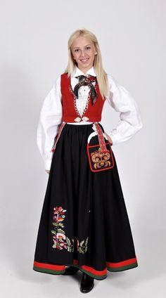 260000_01 Folk Costume, Costumes, Ethnic Dress, Classy And Fabulous, Ethnic Fashion, Wedding Styles, Vest, Anna, Stylish