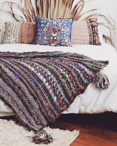 » bohemian life » eclectic space » boho design + decor » gypsy inspired » nontraditional living » elements of bohemia »