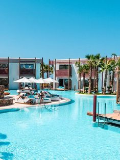 Das luxuriöse Hotel Stella Island Luxury Resort & Spa auf Kreta ist ein absoluter Traum un Vacation Places, Dream Vacations, Places To Travel, Places To Go, Romantic Vacations, Romantic Travel, Vacation Spots, Beach Resorts, Hotels And Resorts