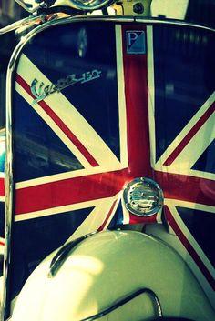 'Patriotic Vespa' by sjlphotography Vespa Ape, Piaggio Vespa, Lambretta Scooter, Vespa Scooters, Mod Scooter, Scooter Girl, Motos Vespa, Classic Vespa, Classic Cars