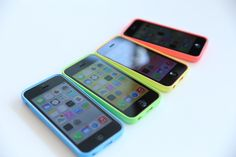 Hands On With Apple's iPhone Plastic Feels Pretty Fantastic – TechCrunch Iphone 5c, Apple Iphone, Futuristic Technology, Cool Technology, Technology Gadgets, Apple Today, All Iphones, Samsung, Travel Design