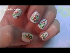 For Short Nails: Easy Abstract Christmas Tree Nail Art Design
